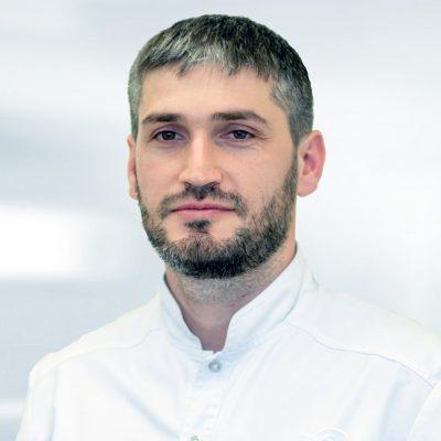 Ибрагимов Осман АлигаджиевичВрач стоматолог